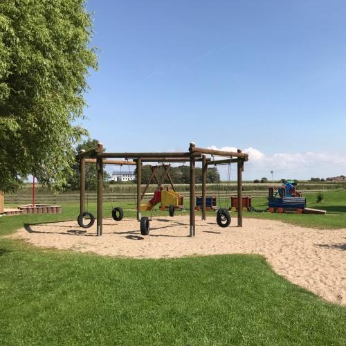 Bild 1: Spielplatz Kaydeich