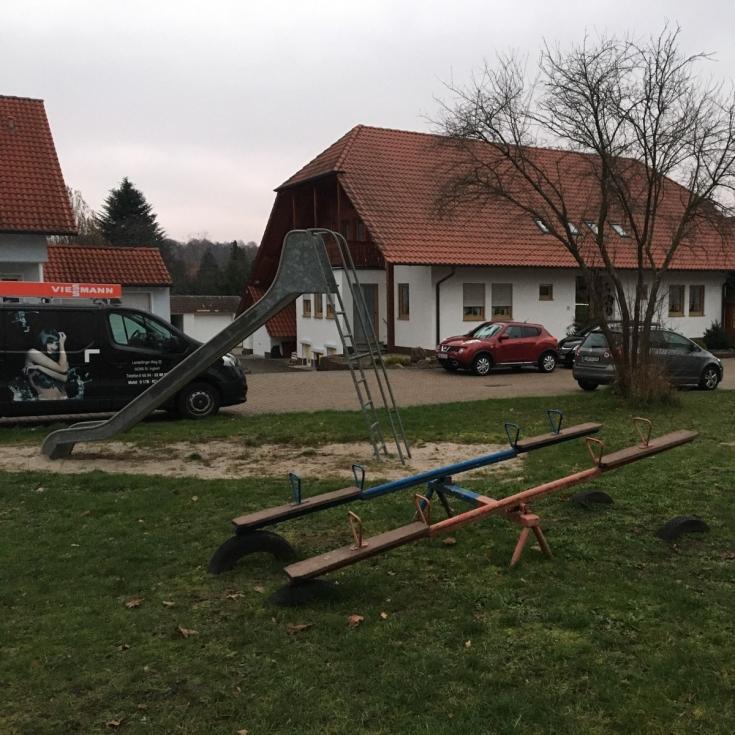 Bild 1: Am Alten Kirchenpfad
