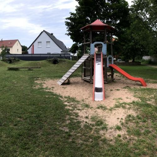 Bild 1: Am Siedlerheim