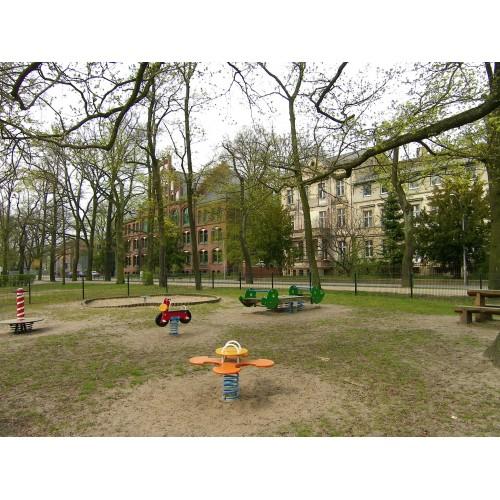 Bild 3: Am Tempelgarten
