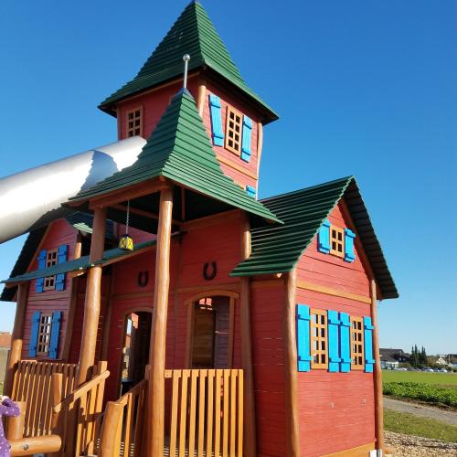 Bild 1: Pippi Langstrumpf Spielplatz