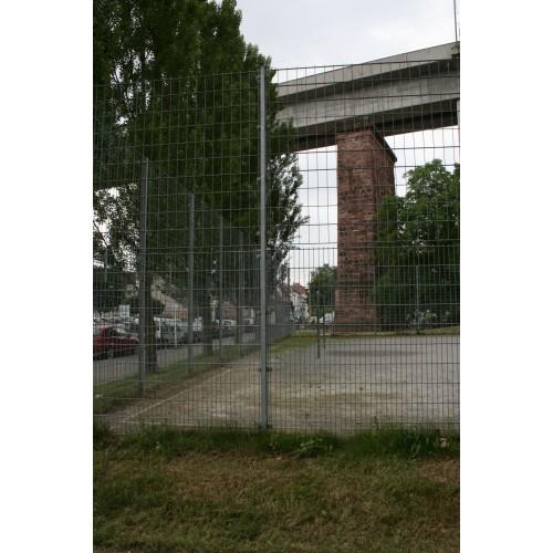 Bild 1: Ballspielplatz Neckarauenpark