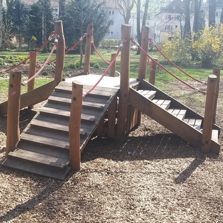 Bild 8: Baustellen-Spielplatz