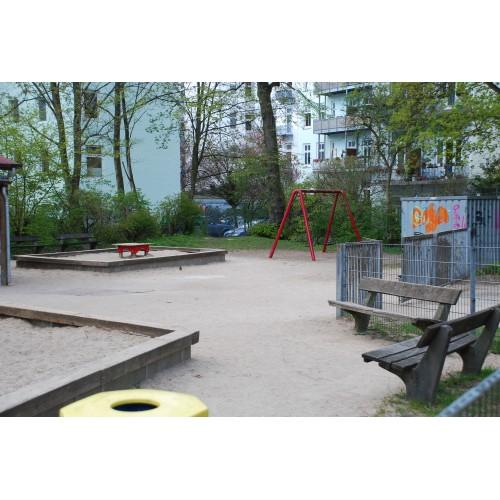 Bild 3: Bellealliancestraße Betreuter Spielplatz