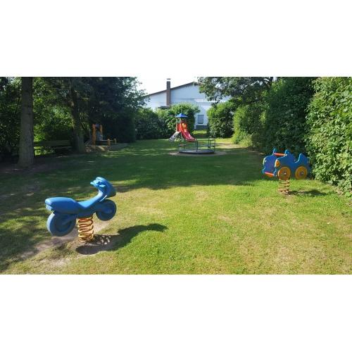 Bild 3: Spielplatz Fontanestraße