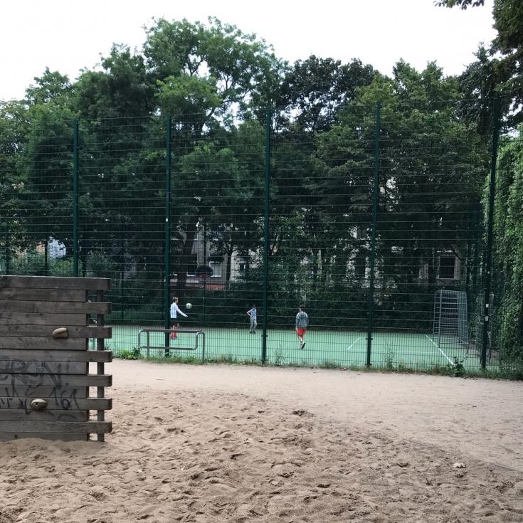 Bild 13: De-Noel-Platz