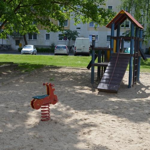 Bild 2: DEGEWO Spielplatz II