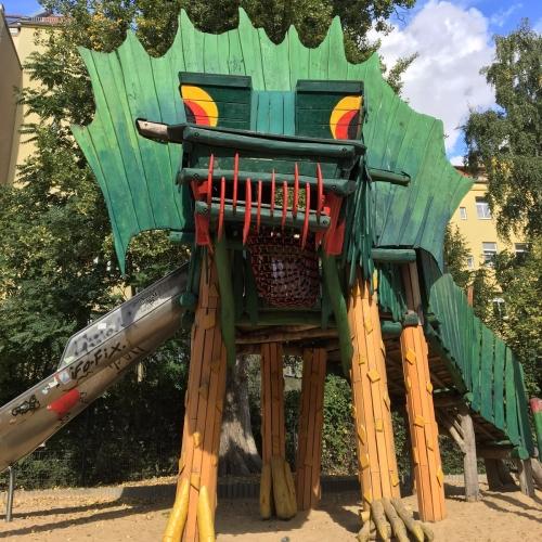 Bild 1: Drachenspielplatz