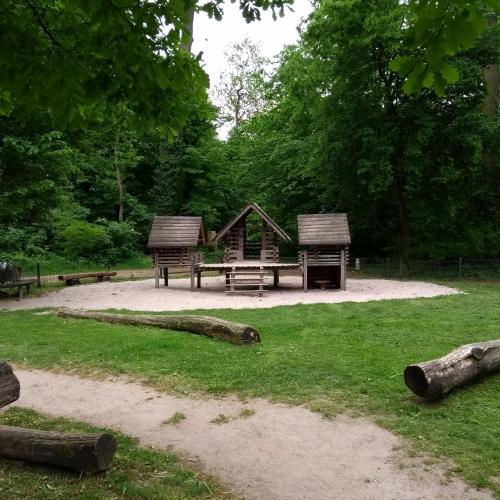 Bild 1: Eichelgarten