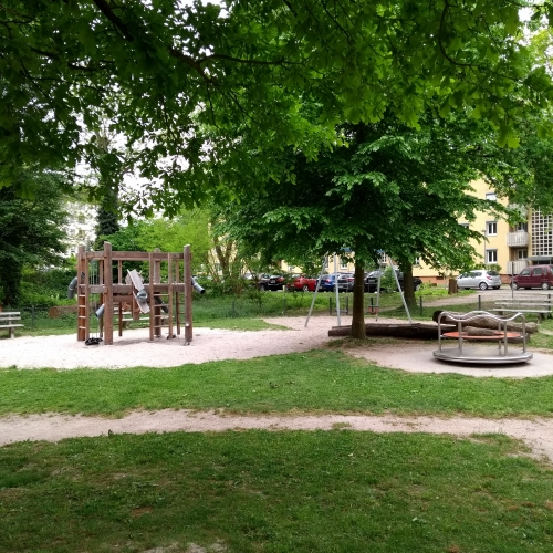 Bild 2: Eichelgarten