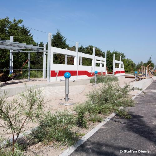 Bild 1: ICE Spielplatz Bahnstadt-Promenade