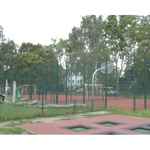Bild 9: Ekensunder Platz