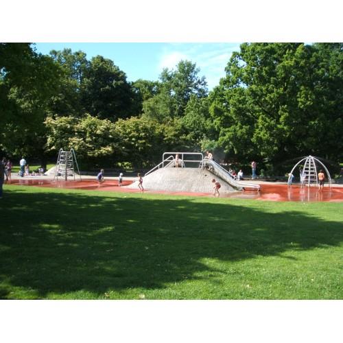 Bild 7: Elefantenspielplatz im Hirschgarten