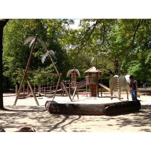 Bild 3: Elefantenspielplatz im Hirschgarten