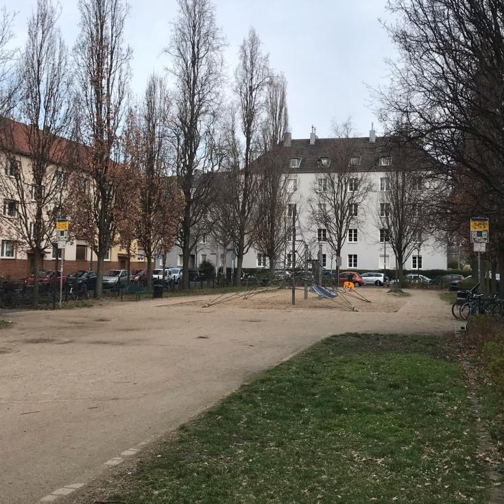 Bild 1: Erzbergerplatz