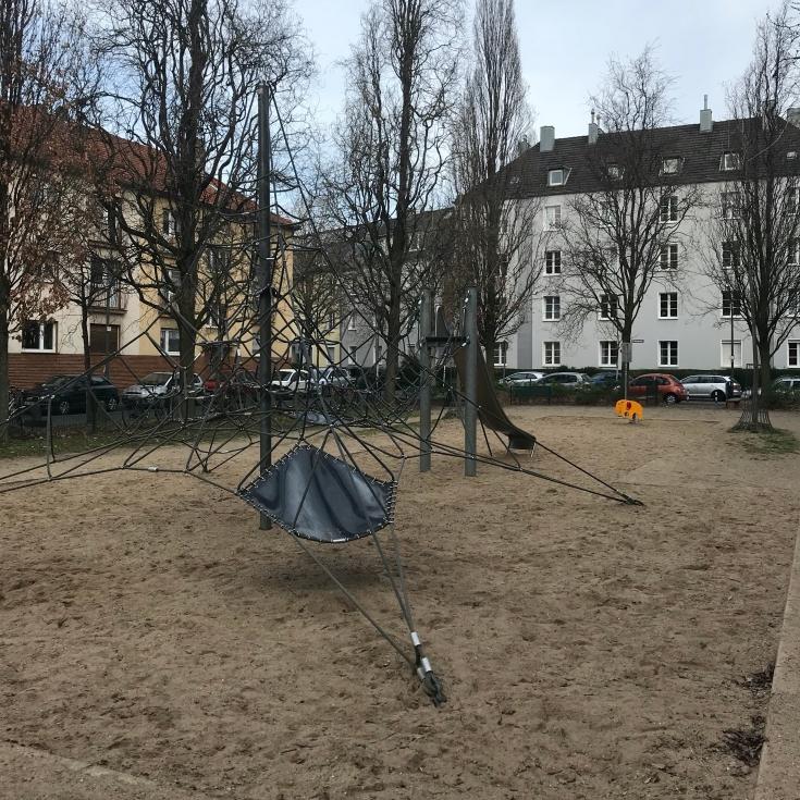 Bild 3: Erzbergerplatz