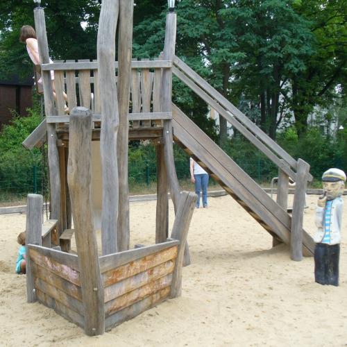 Bild 6: Flinsberger Platz