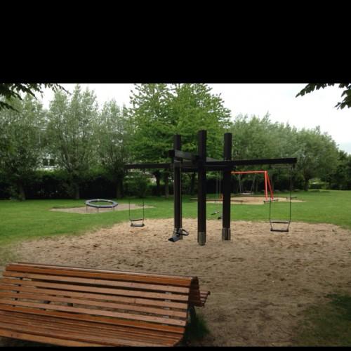 Bild 1: Spielplatz Paul-Pieper-Straße