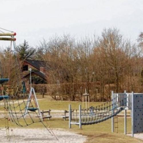 Bild 3: Großer Spielplatz Niebüll