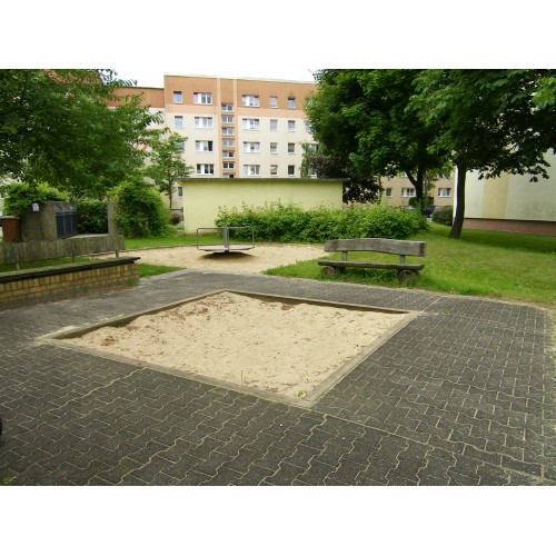 Bild 1: Hermann-Matern-Str. 10 - 14
