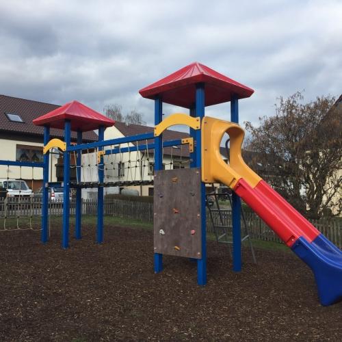 Bild 1: Spielplatz Jahnstraße