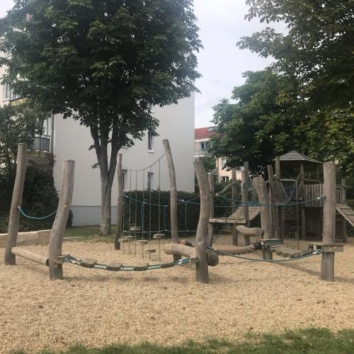 Bild 1: Kaiser-Friedrich-Allee