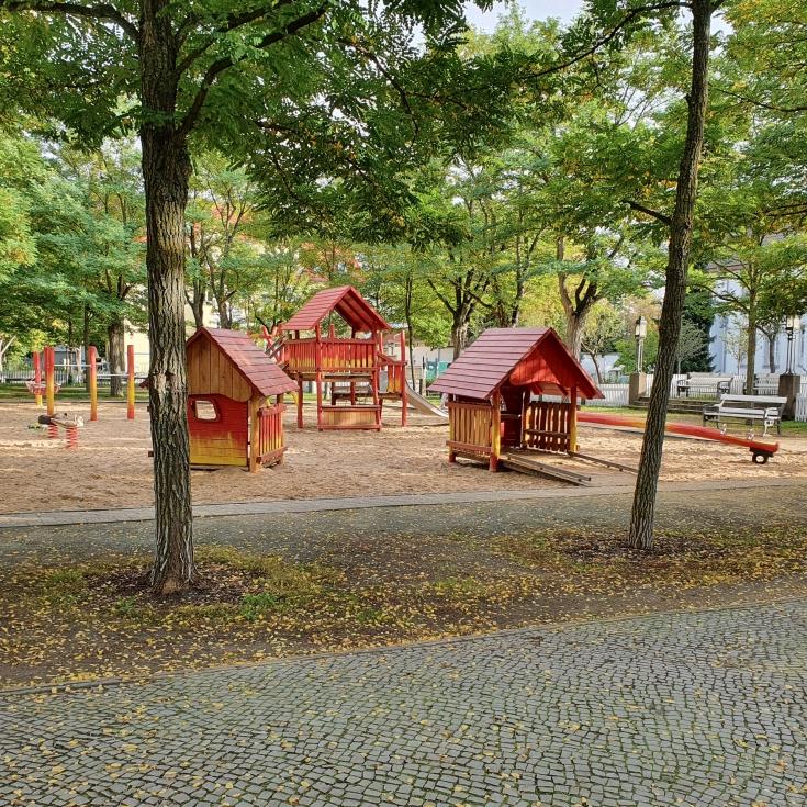 Bild 9: Karolingerplatz