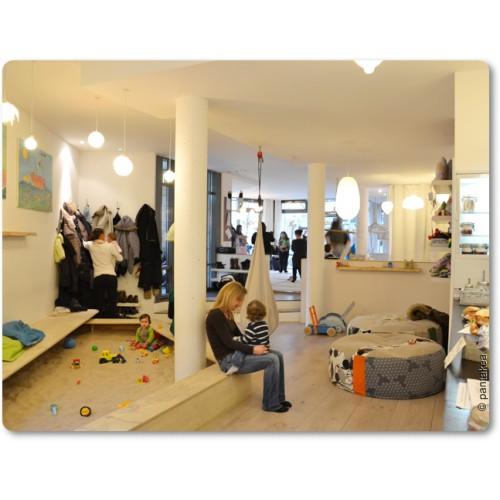 spielplatz. Black Bedroom Furniture Sets. Home Design Ideas