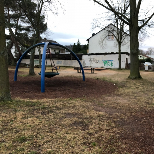 Bild 1: Kinderspielplatz Heide