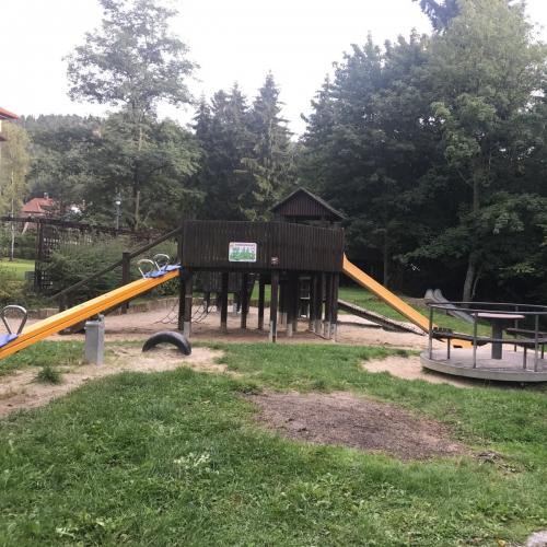Bild 1: Kinderspielplatz Freiligrathstraße