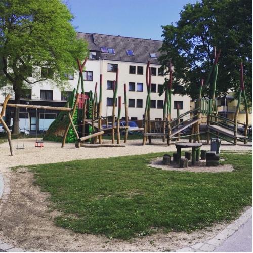 Bild 9: Klarastraße