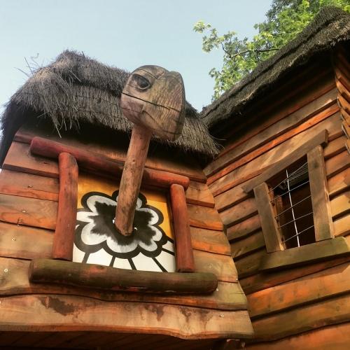 Bild 1: Kleiner Spielplatz im Kölner Zoo