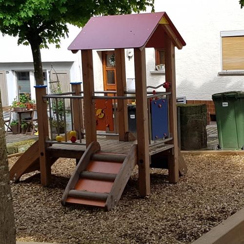 Bild 1: Kleinkindspielplatz Heppenheim Altstadt