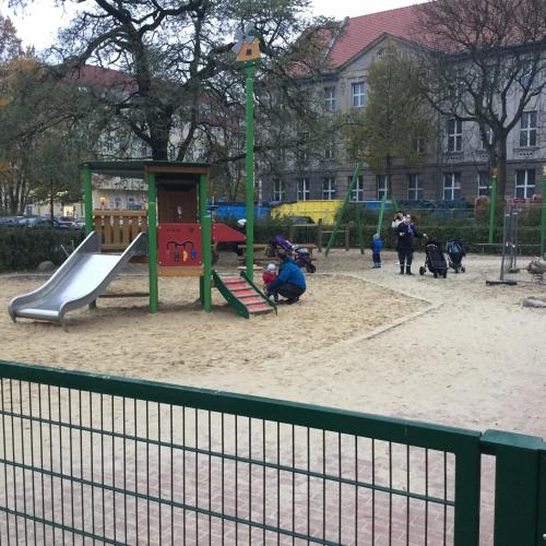Bild 2: Kletterspielplätze im Park Griechische Allee
