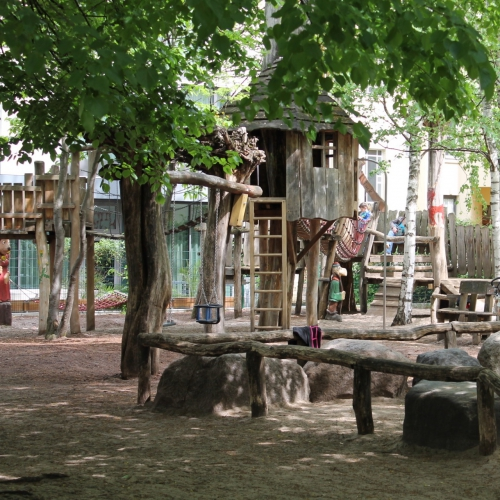 Bild 2: Robin Hood Spielplatz / Knesebeckstraße