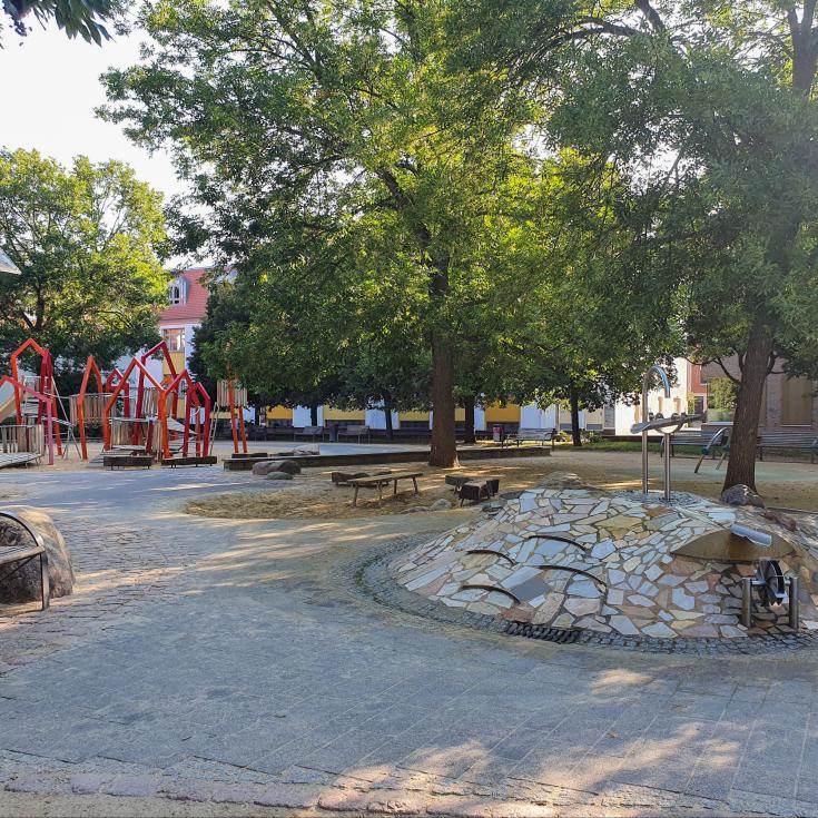 Bild 3: Krämerbrücken Spielplatz
