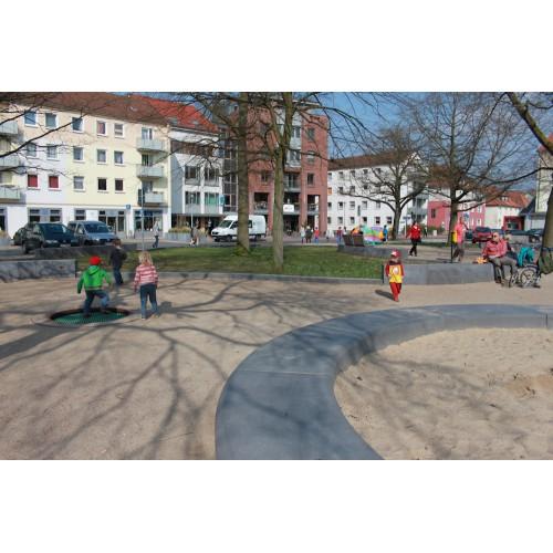Bild 1: Lauensteinplatz