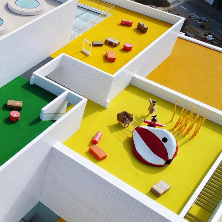 Bild 1: LEGO House playground