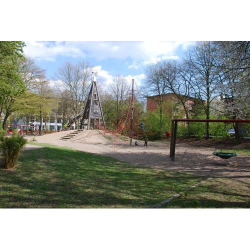 Bild 2: Lindenpark / Dschungelspielplatz