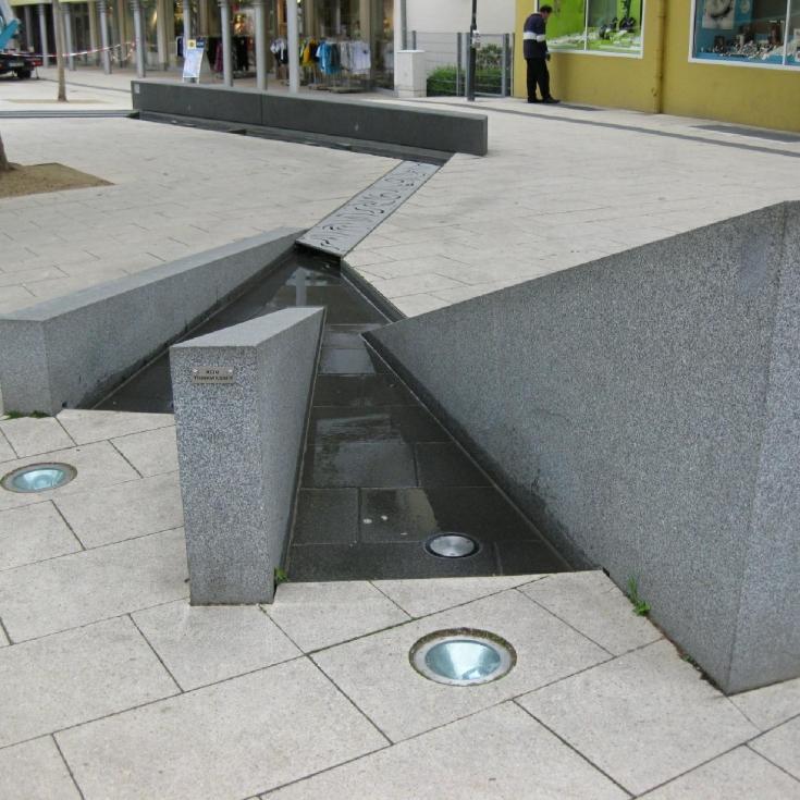 Bild 8: Linnenbauerplatz