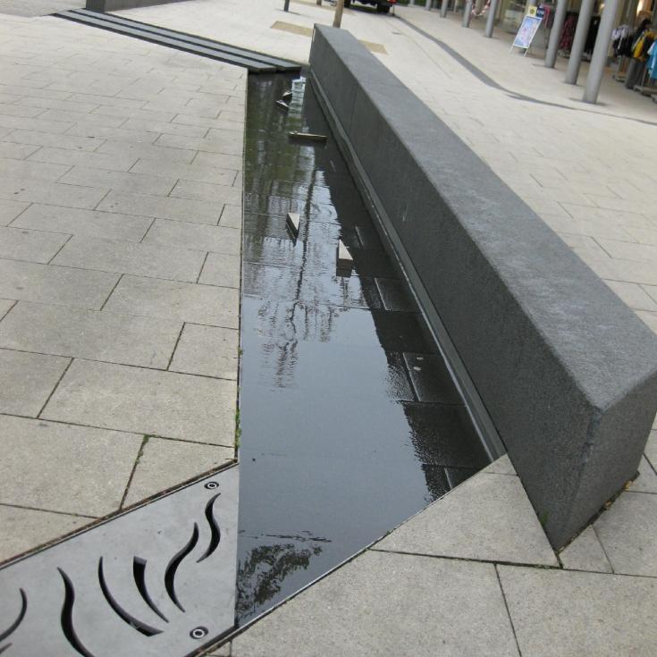 Bild 9: Linnenbauerplatz