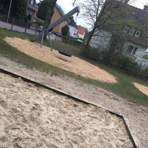 Bild 1: Spielplatz Lohestraße
