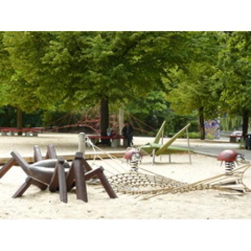 Bild 1: Lohmühlenspielplatz