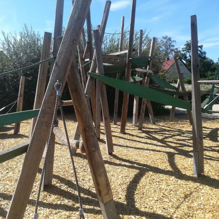 Bild 3: Mehrgenerationenpark 2