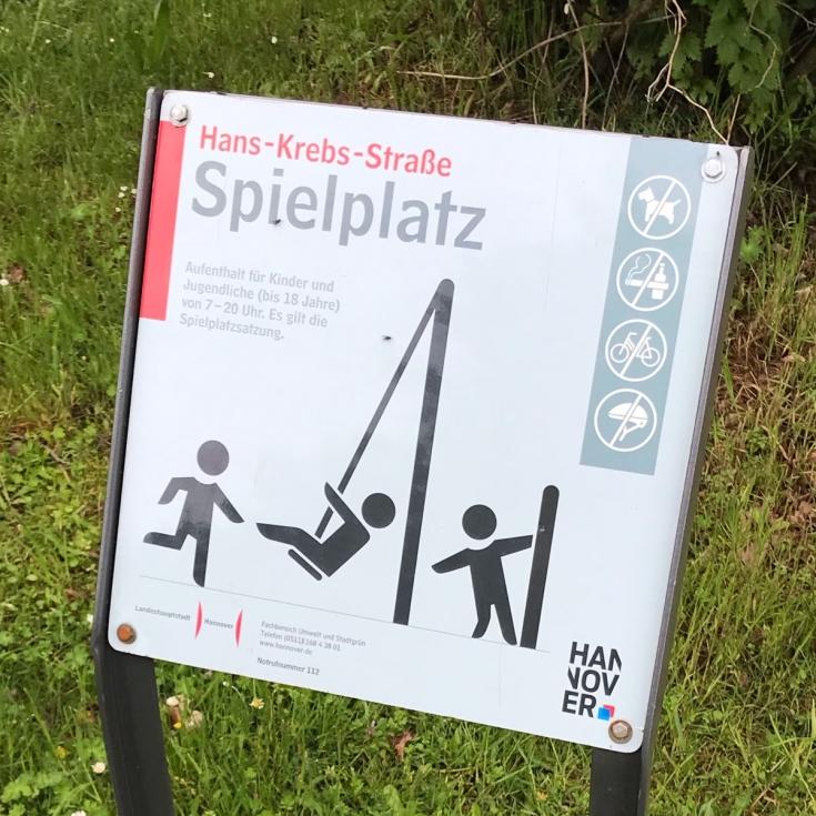 Bild 2: Hans-Krebs-Straße