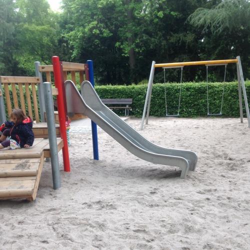 Bild 1: Mini-max im Goethepark