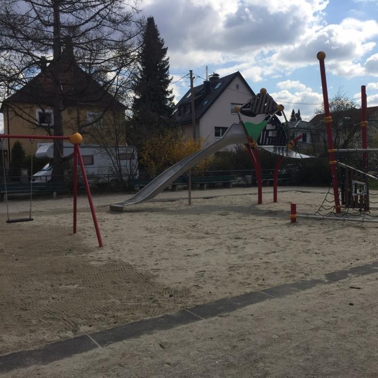 Bild 3: Otto-Engl-Platz