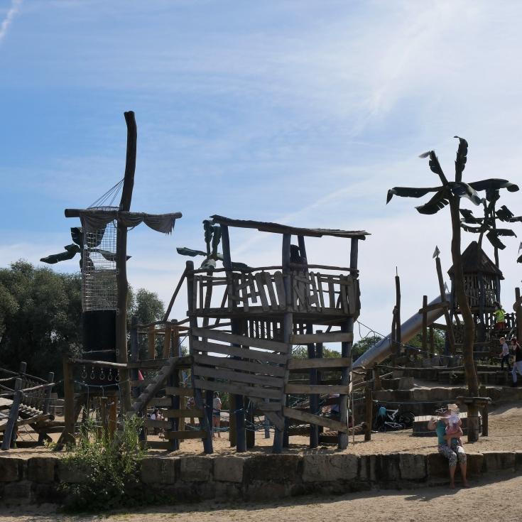 Bild 2: Piratenspielplatz am Salzgitter See