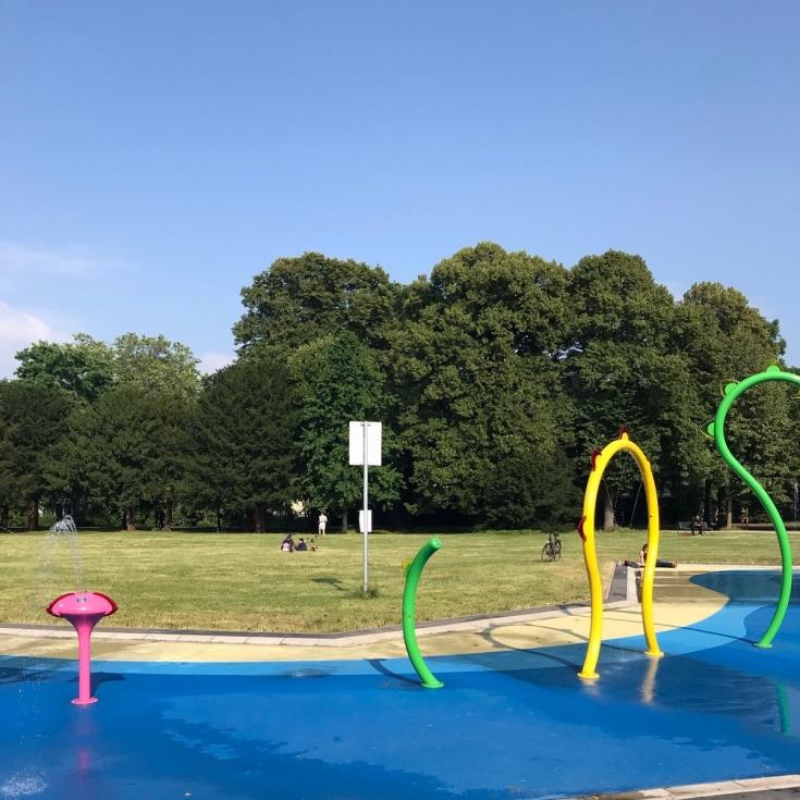 Bild 2: Wasserspielplatz am Grüngürtel