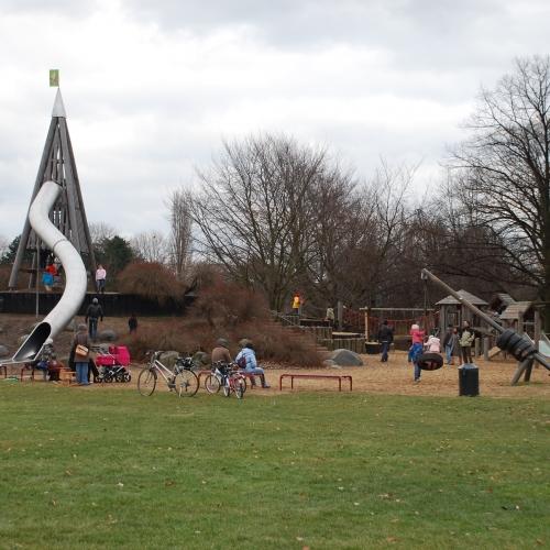 Bild 3: Rheinpark Spielplatz